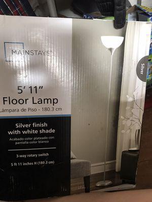 5'11 floor lamp for Sale in Salt Lake City, UT