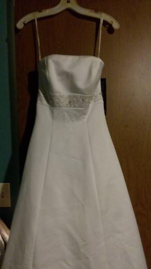 Size 4 wedding dress for Sale in Townsend, DE