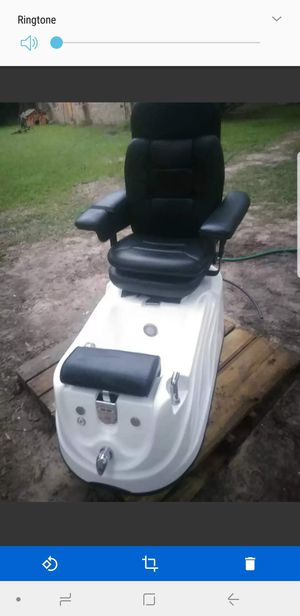 Sani Jett pro spa mani/pedicure heated mssage chair for Sale in Cleveland, TX