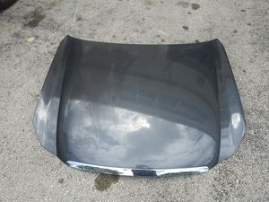 As Seen Used Hood Capo with Molding Fits 06 07 08 09 10 Infiniti M35 M45 for Sale in Hialeah, FL