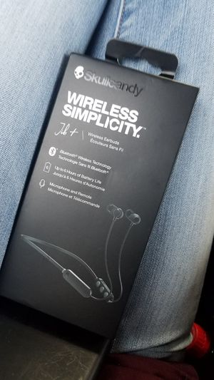 Skullcandy Earbuds for Sale in Saint Charles, MO