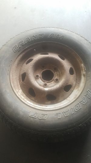 Tire for Sale in Renner, SD