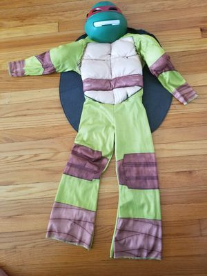Costume small for 5-6 yrs for Sale in Riverside, IL