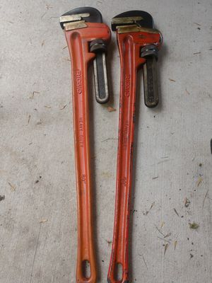 60in Rigid Pipe Wrench for Sale in Houston, TX