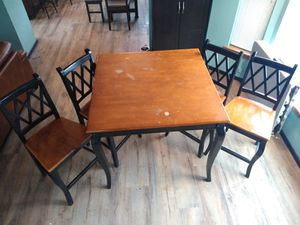 Table chairs, tall square,. Kitchen table dinning table for Sale in Marysville, WA