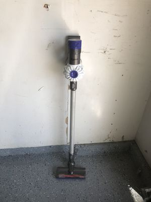 Dyson Cordless Vacumm for Sale in Orange, CA