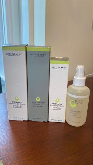 Juice beauty organic non toxic clean green 4 piece skincare bundle for Sale in Seattle, WA