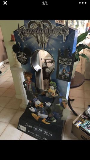 DISNEY KINGDOM HEARTS 3 Promotional Video Game Standee Display for Sale in Miami, FL
