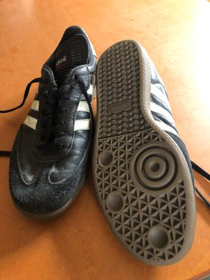 Adidas Samba Classic shoes, Men's size 9.5 for Sale in Seattle, WA