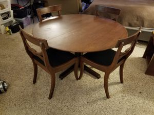 Antique dunbar table & 4 chairs for Sale in Aurora, CO