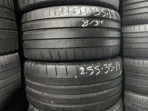 "19"" 255/35/19 Michelin Pilot Super Sport Runflats no patch with 80% left for both tires for Sale in Hialeah, FL"