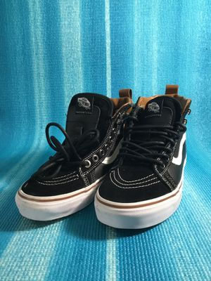 Vans shoe size 6.0 for Sale in Miami, FL