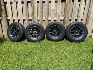 Jeep Gladiator Overland wheels and tires for Sale in Miami, FL