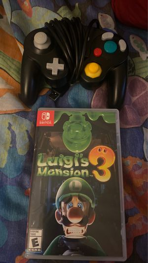 Luigis mansion 3 and switch GameCube controller for Sale in Glendale, AZ