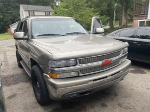 Chevy Tahoe 2004 for Sale in Springfield, MA