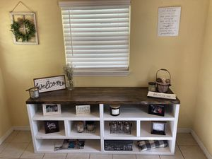 Console table for Sale in Melbourne, FL