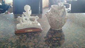 Decorative statue and water fountain for Sale in Pleasant Grove, UT