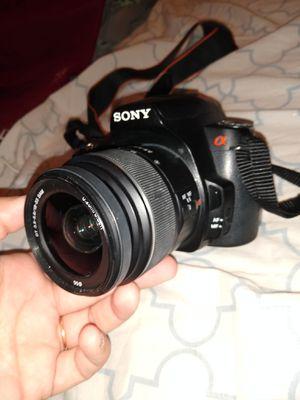 SONYA390 DSLR CAMERA for Sale in Las Vegas, NV