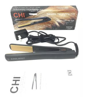 CHI Ceramic Hair Straightening Iron For Silk Smooth Hair - Black - GOOD COND! for Sale in Scottsdale, AZ