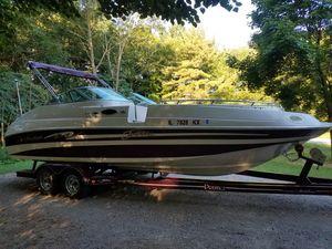 2000 Mariah Jubilee 244 Deck boat for Sale in Bourbonnais, IL