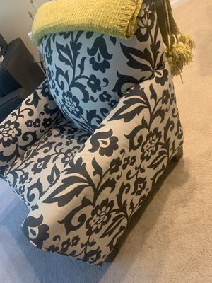 Living Room Chair for Sale in Cheverly, MD