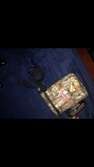 Supreme fw19 shoulder bag for Sale in Queens, NY