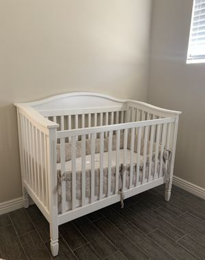 Pottery Barn Crib and Toddler mattress for Sale in Scottsdale, AZ