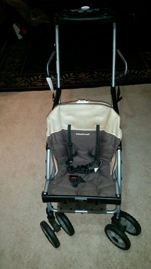 Double stroller , sit and stand for Sale in Columbus, OH