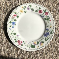 """7 1/2"""" Flower Plates for Sale in Dyer,  IN"""