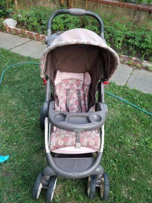 Baby stroller for Sale in Dundalk, MD