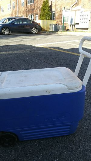 Cooler for Sale in Falls Church, VA