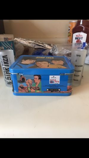 Star trek lunchbox and Shock glass Collectibles for Sale in Knoxville, TN