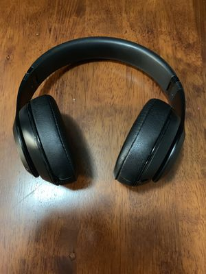 Beats By Dre Studio 2 for Sale in Miami, FL