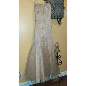 Long Dress for prom for Sale in Whittier, CA