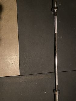 5 Ft Olympic Barbell for Sale in Auburn,  WA
