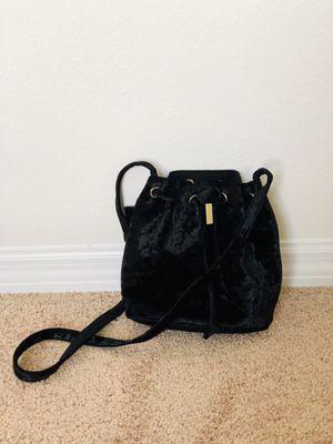 Black crushed velvet purse for Sale in Zephyrhills, FL