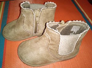 Toddler girl winter boots - brown size 5 for Sale in Brooklyn, NY