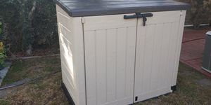 Keter Storage Shed for Sale in Baldwin Hills, CA