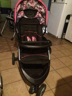 Girl flower Car seat & Stroller for Sale in Lakeland, FL