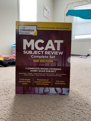 MCAT books for Sale in Fort Leonard Wood, MO