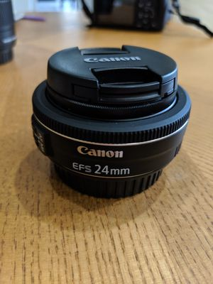 Canon EF-S 24mm f/2.8 Lens for Sale in Rolla, MO