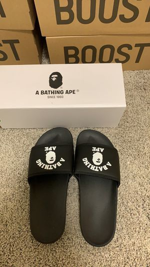 Bape slipper size 9 for Sale in Lynnwood, WA