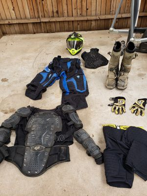 Motorcycle gear all together for Sale in Phoenix, AZ