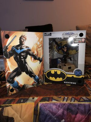 Nightwing statue dc comic gallery collectible figurine for Sale in San Antonio, TX