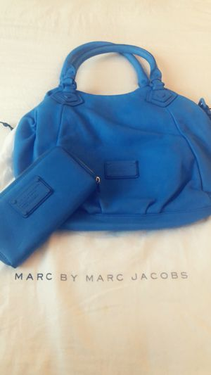 Marc Jacobs purse and matching wallet for Sale in Annandale, VA