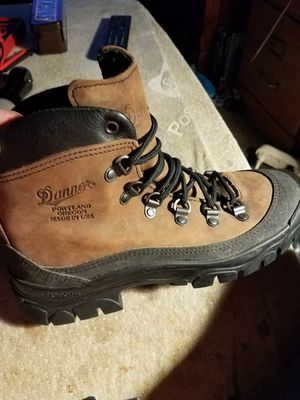 Danner hikers brand NEW for Sale in Parma, OH