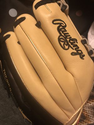 Glove Rawlings for Sale in Long Beach, CA