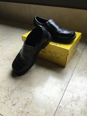 Smart Fit Dress Shoes for Kids for Sale in Los Angeles, CA