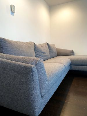 BRAND NEW COUCH for Sale in Miami, FL