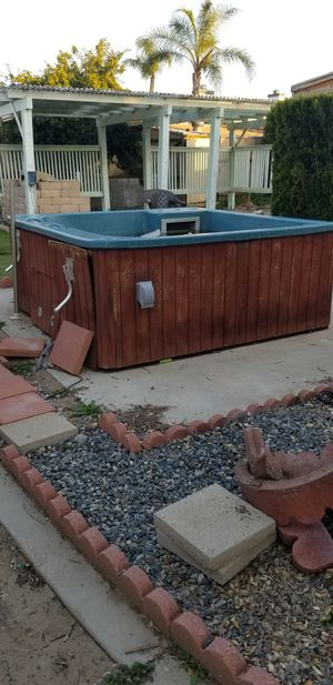 *FREE* HOT TUB! NO LEAKS! for Sale in Wildomar, CA